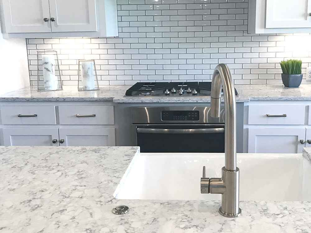 Quartz vs Granite Countertops – Our Preference